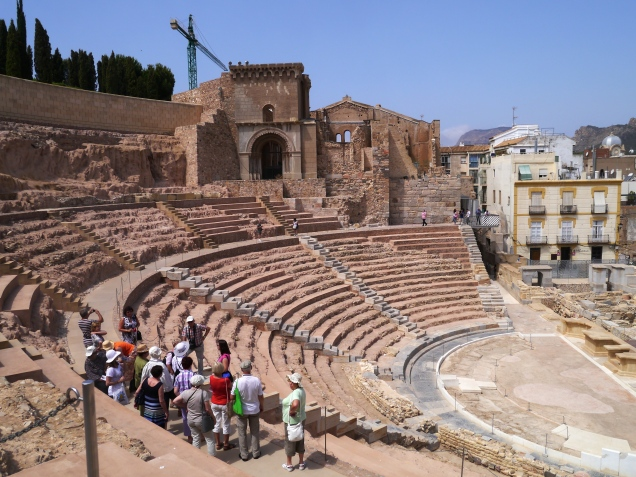 Amphitheatre, Cathedral and housing